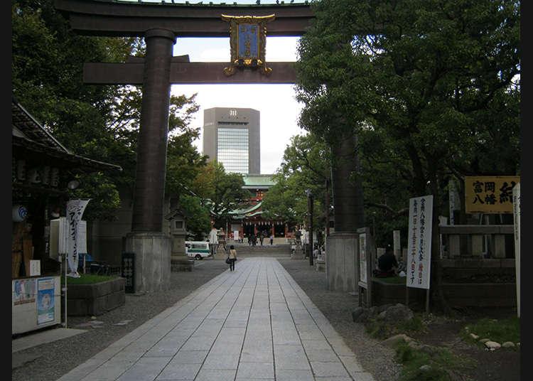 2: ศาลเจ้าโทะมิโอะกะฮะชิมังกู (Tomiokahachimangu)