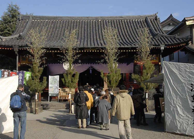9: ศาลเจ้าอะซะคุซะ (Asakusa-jinja)