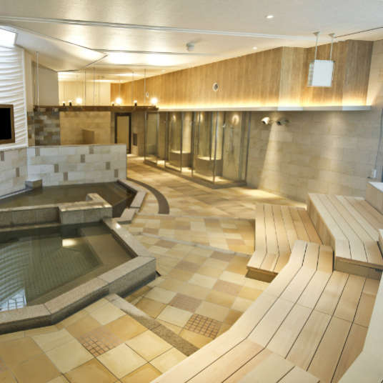 在转机的空余时间!欢迎来到羽田机场周边的洗浴设施。