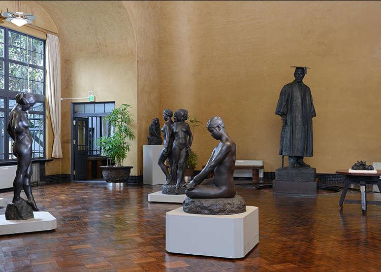ซาบซึ้งในศิลปะที่พิพิธภัณฑ์ศิลป์ส่วนตัวของประติมากรมากชื่อเสียง