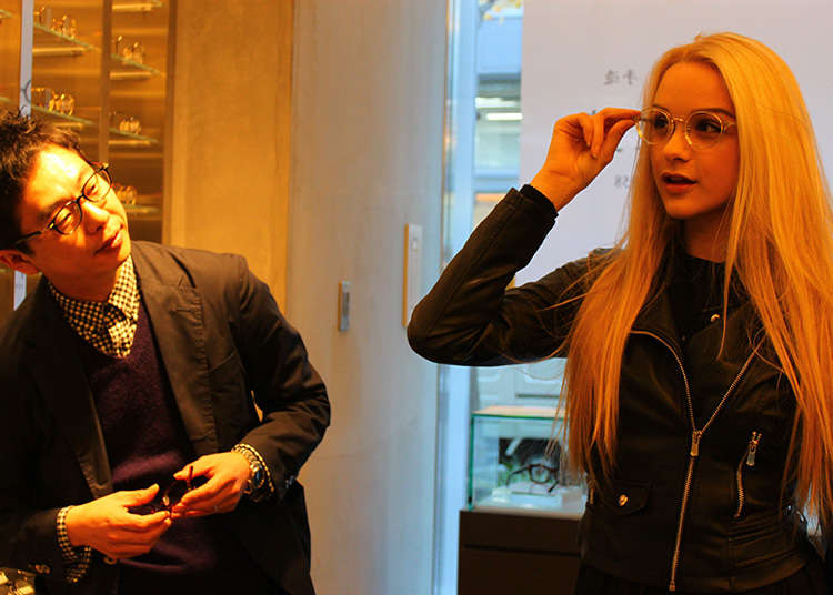 외국인에게도 인기 있는 안경