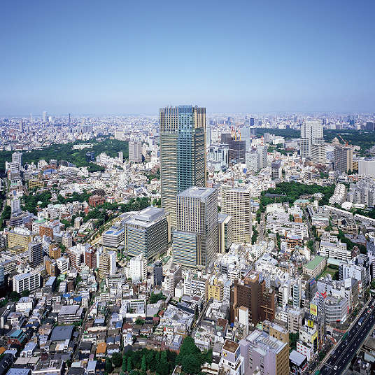 Spending time in the modern city. Let's take a look around Roppongi!