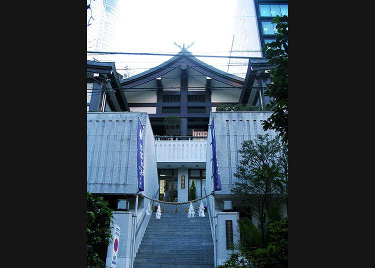 이즈모타이샤의 도쿄 분사 참배하기
