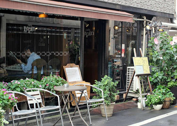 """เดินไปยังร้านน้ำชาแท้ """"คาเฟ่ เลอแปง (Cafe Lapin) """" 1 นาที"""