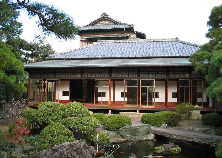 """ที่ """"ยามาโมโตะเท"""" ซึ่งเป็นอาคารที่มีการผสมผสานกันระหว่างญี่ปุ่นกับตะวันตก"""