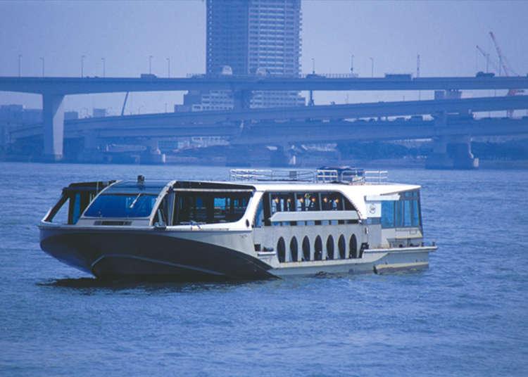 Enjoy Odaiba's Scenery by Sea Bus
