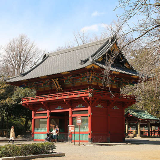 ชำแหละให้หมดเปลือกกับย่านยะเนะเซ็นที่ยังคงหลงเหลือบรรยากาศแบบญี่ปุ่นสมัยก่อน