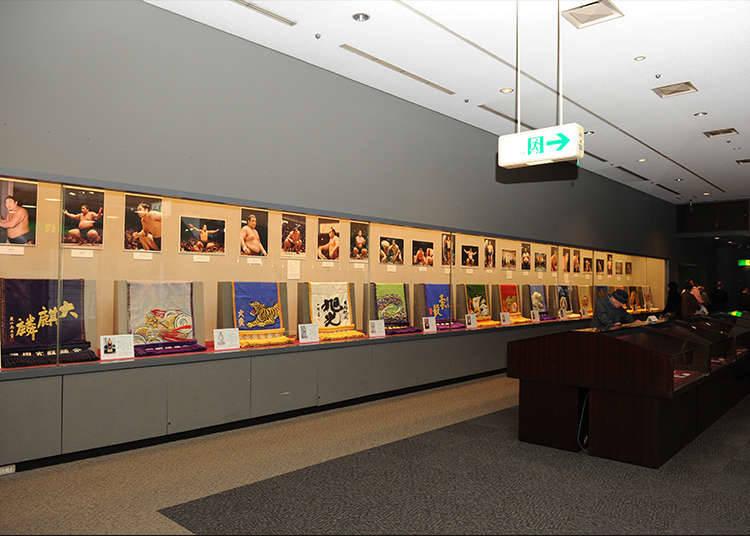 Mempelajari Sumo di Sumo Museum