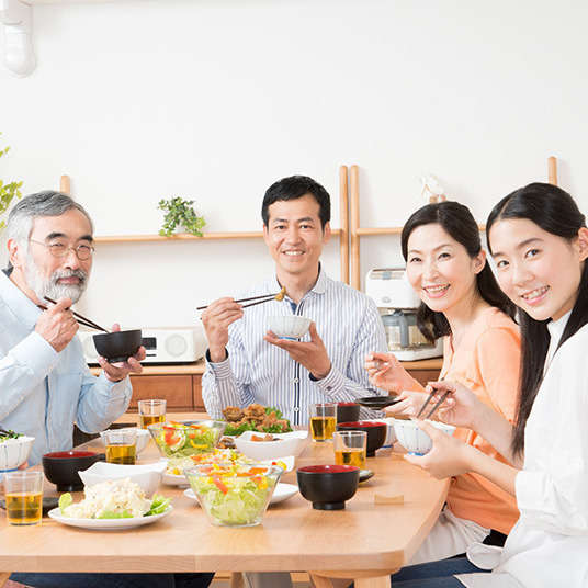 Adab makan di Jepun