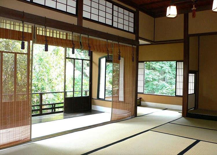 일본의 전통적인 목조 건축