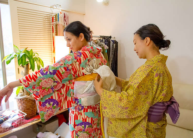 The Main Event: Putting on The Kimono