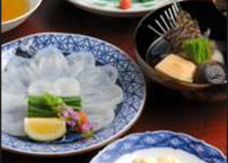 시모노세키 산지 직송의 신선한 복요리를 만끽