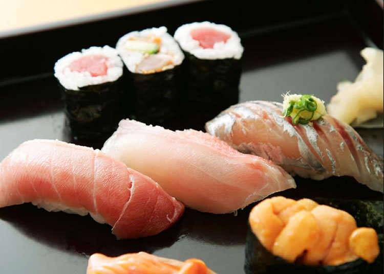 Restoran sushi berumur tua yang menampilkan keahlian kepala koki yang matang pengalaman