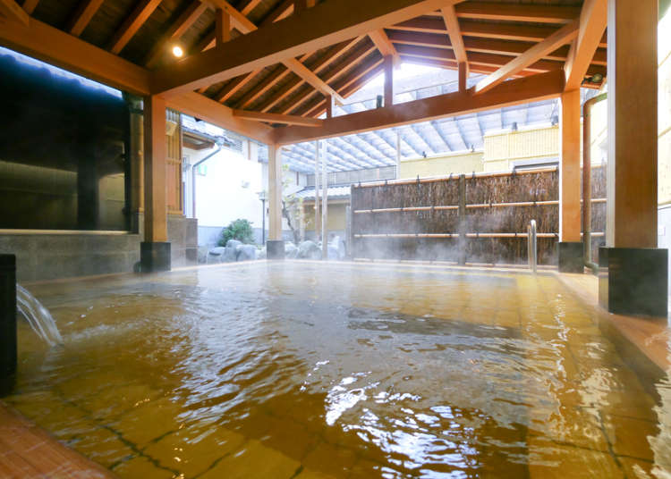 Detoxing your Body in a Natural Hot Spring