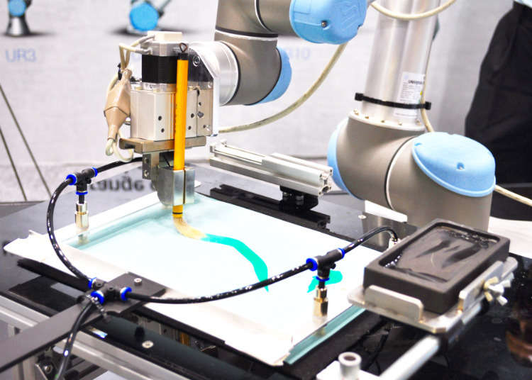 A Robotic Arm That Can Paint with Precision