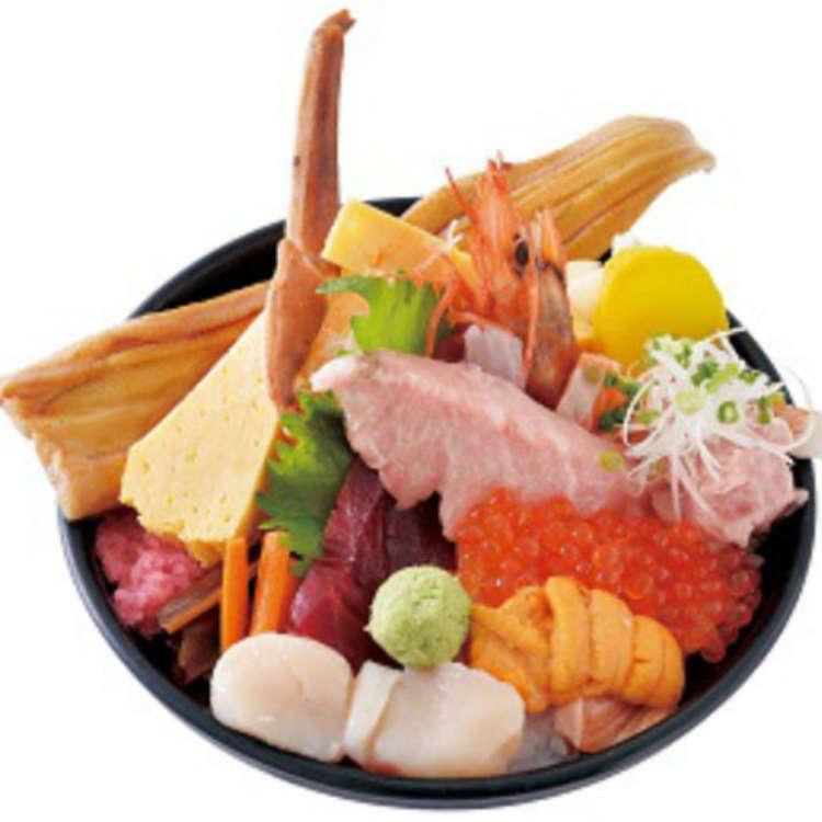 從容器裡滿溢出來的豪邁餐點接連登場!赤坂Biz塔樓大廈舉辦「滿溢美食節」