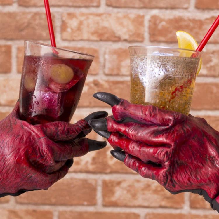 [기묘한 모습]악마의 음료수가 연상된다. 정체모를 알갱이는 무엇? 할로윈 한정 먹거리와 상품소개