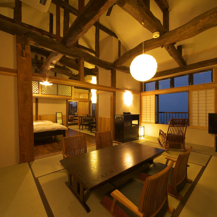 湯の町・熱海の古民家レストラン&宿でレトロな風情を満喫