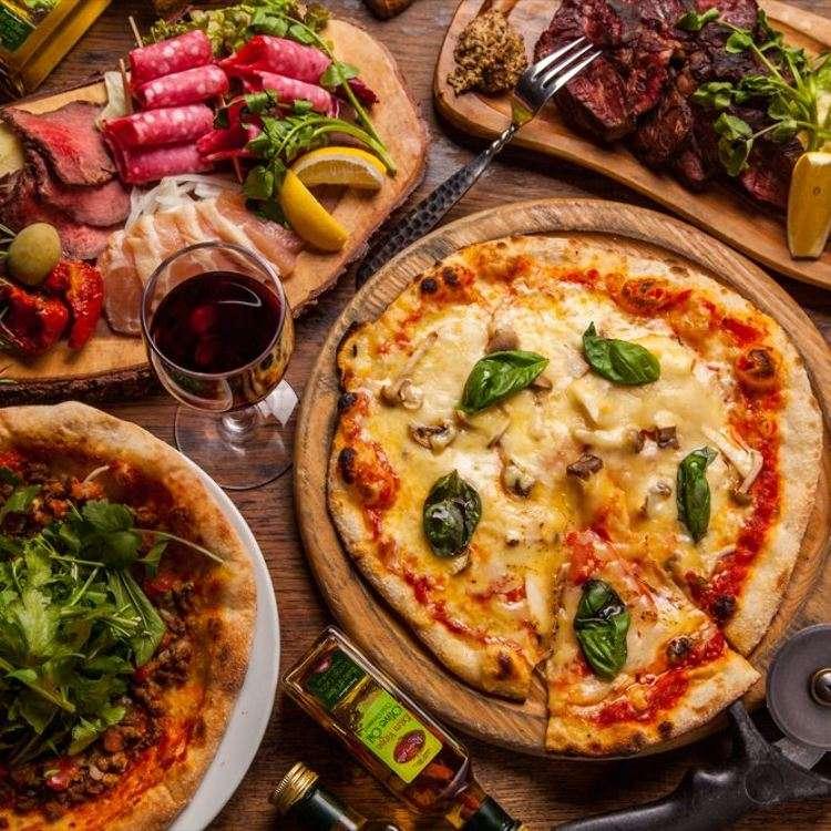 新宿只要500日圓的正宗披薩!15種口味任你挑!