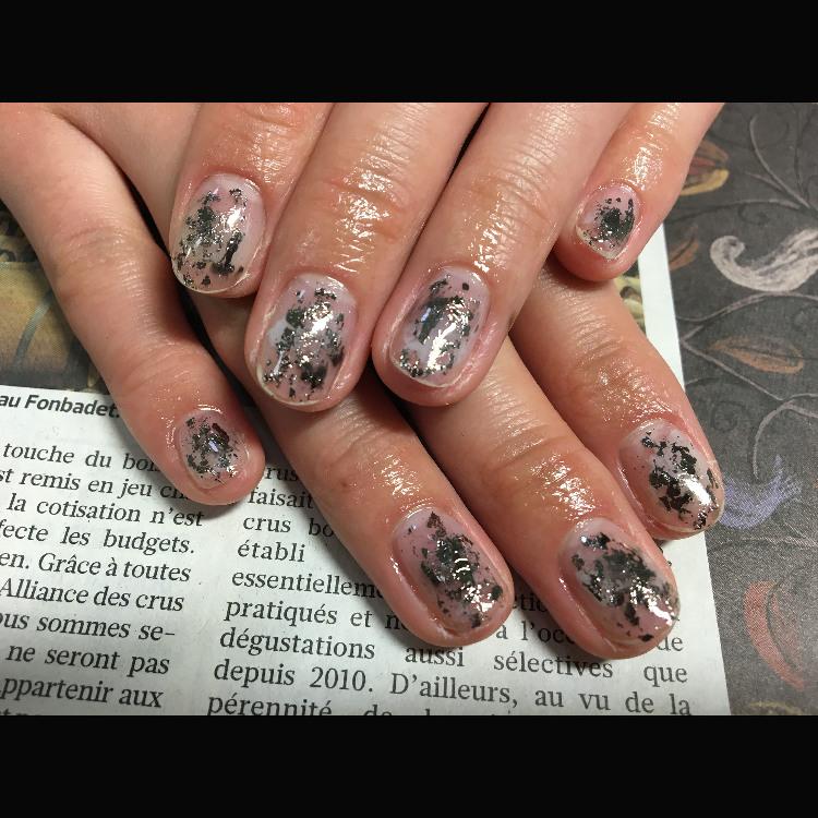 爆裂裂紋指甲