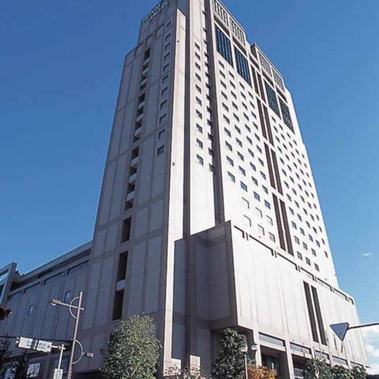Urawa Royal Pines Hotel
