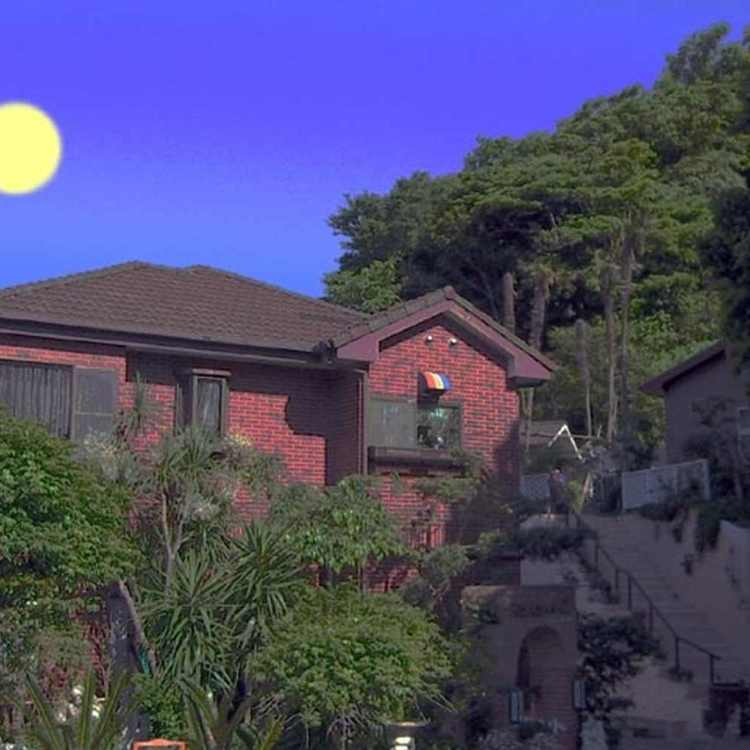 Vila Katsuyama Avail