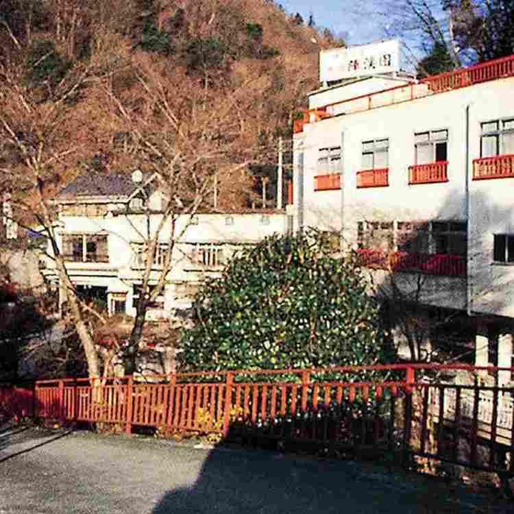 Jinba-noyu Ryokan Jinkeien
