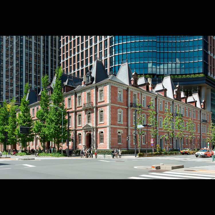 Tokyo Station: Then and Now - LIVE JAPAN
