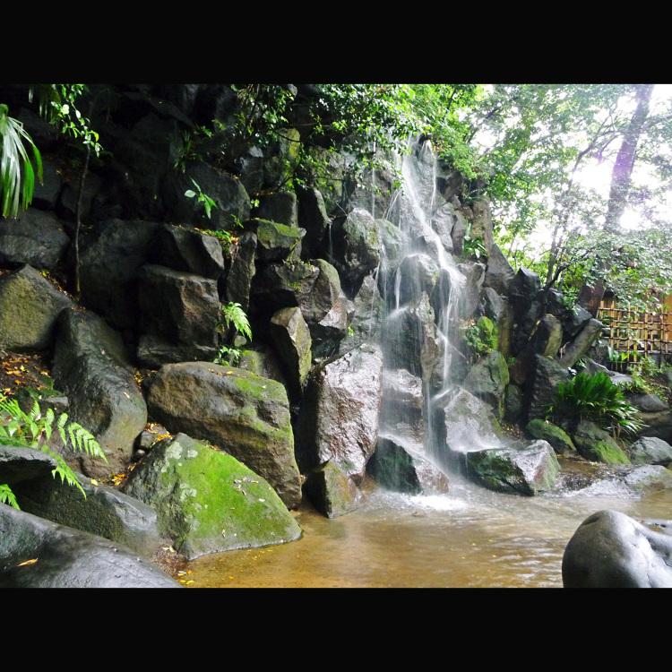 名主瀑布公園